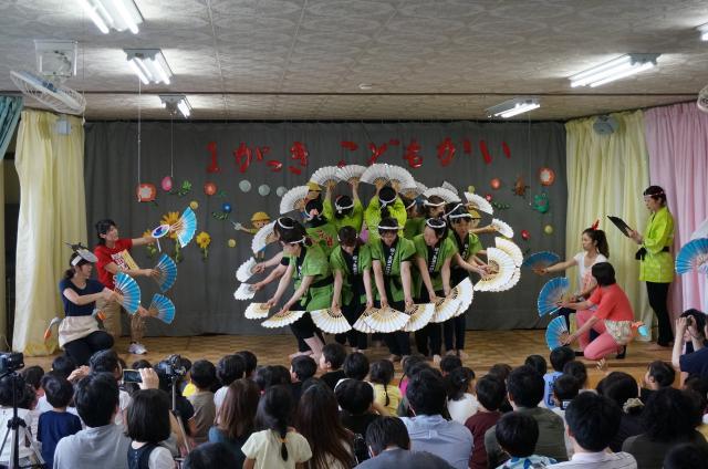 先生達の踊り