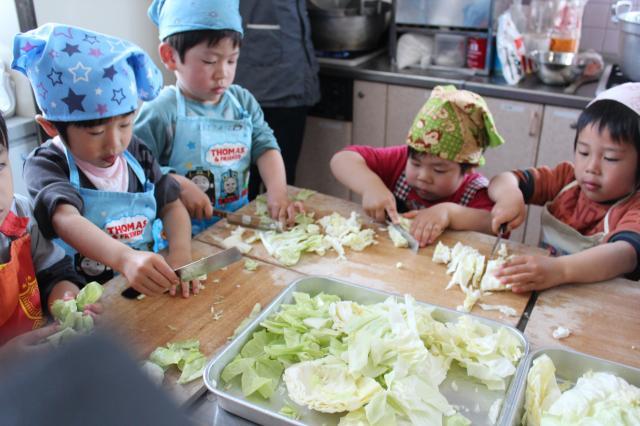 園児のお料理